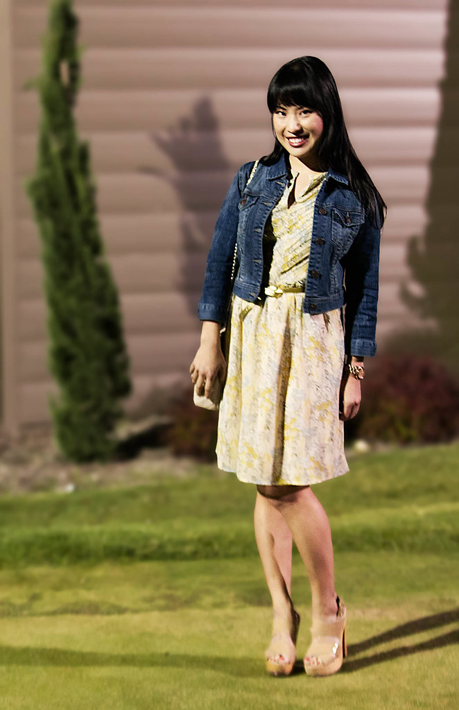 forever 21 stonewash denim jacket, forever 21 sleeveless yellow dress, steve madden pleasant, yesstyle sarah quilted beige flap purse, mk5430