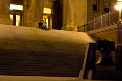 Chilling at the Capitol (Kevin Rank) Tags: people night downtown sitting idaho boise capitol photowalk capitolsteps peopletalking worldwidephotowalk scottkelbyphotowalk