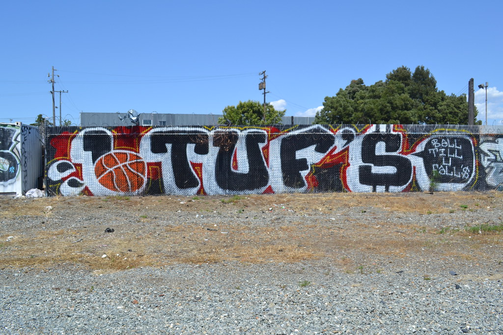 Graffiti, the yard, Oakland