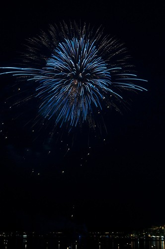 11-FireworksRedBank-5782