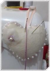 agulheiro e alfineteiro (Leliane Alencar) Tags: cupcake artesanatos portacelular alfineteiro portatesoura marcadordepaginas cobrebolos