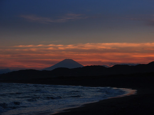 Mt.Fuji, Sunset in Shonan beach 富士山,湘南海岸の夕暮れ