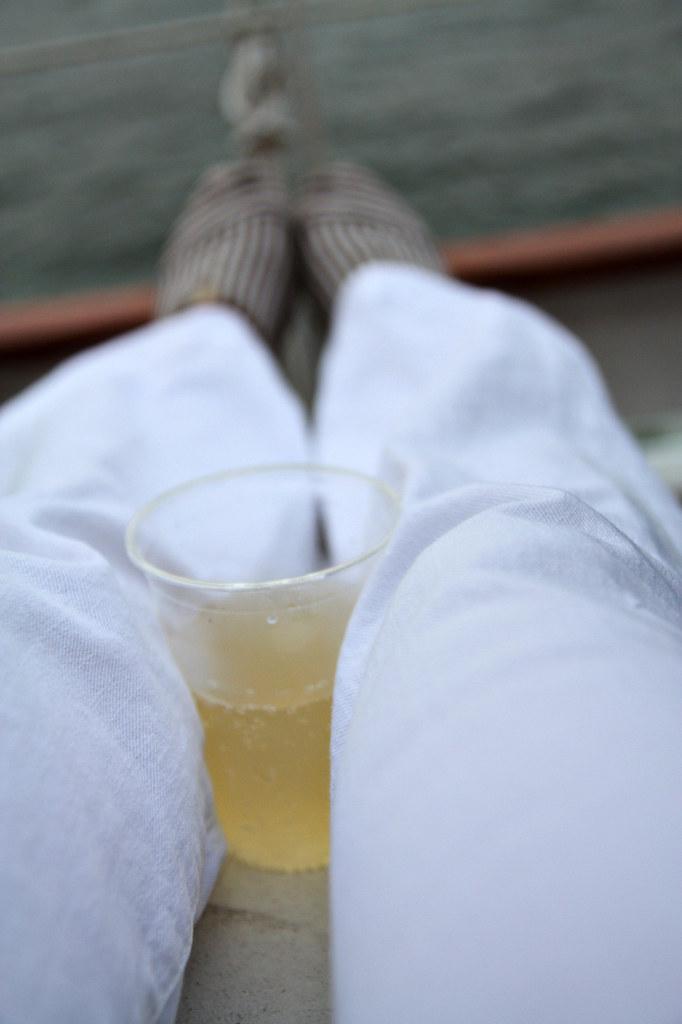 champagne sail
