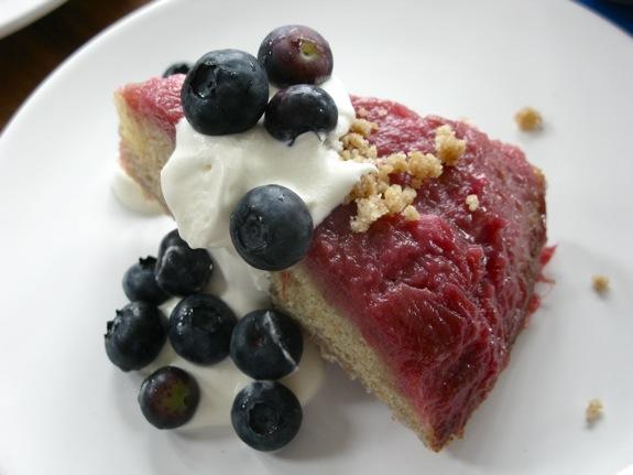 rhubarb crumb upsidedown cake 002