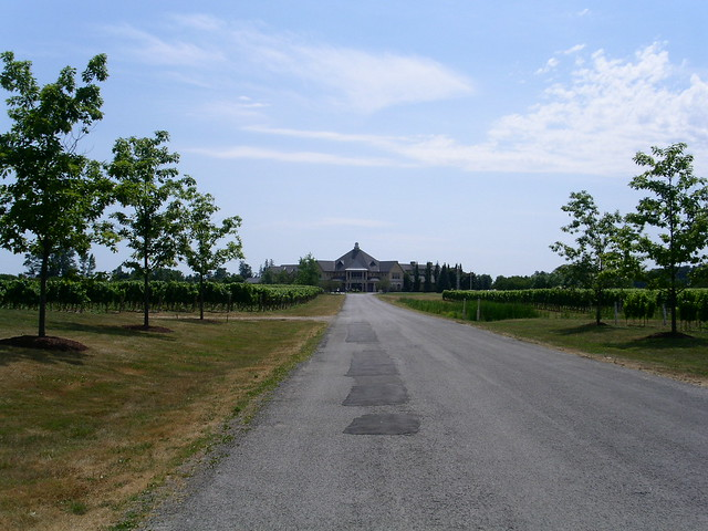 Peller Estates Winery - 22 July 2011 - NiagaraWatch.com