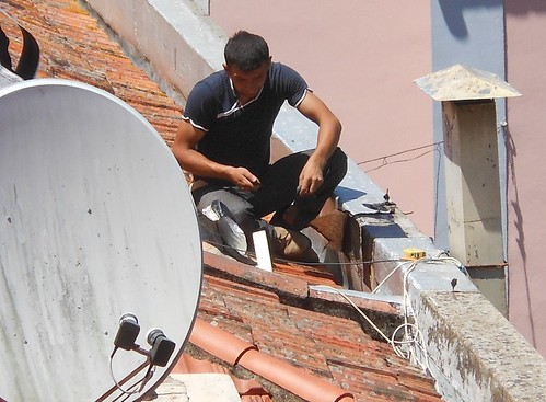 Rigging Up a Satellite Dish