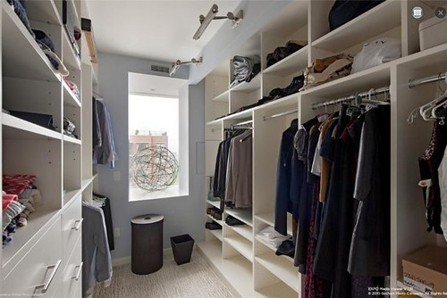 long closet via Full House