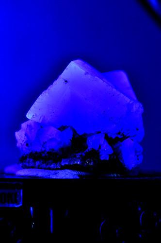 Fluorite ※Exposure to ultraviolet radiation