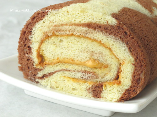 Banana Swiss Roll Cake Recipe