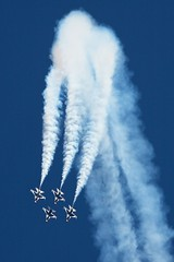 follow the leader (CHUCKage) Tags: sky aviation smoke airplanes airshow f16 thunderbirds usaf travisafb ef100400mmf4556lisusm travisairexpo2011