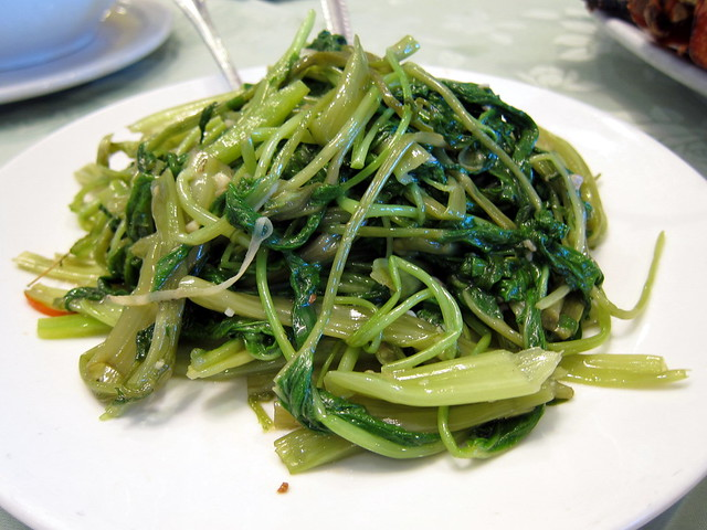 Stir-Fry Morning Glory with Fermented Bean Curd