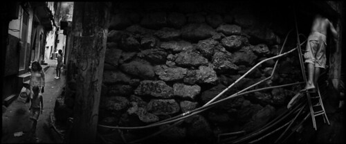 brazil riodejaneiro bra wash crime favela slum garbagepile balazsgardi waterandsanitation illegalsettlement sewagewater facingwatercrisis urbangettho drugtrafficinggangs