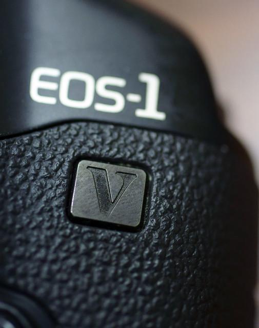 EOS1V