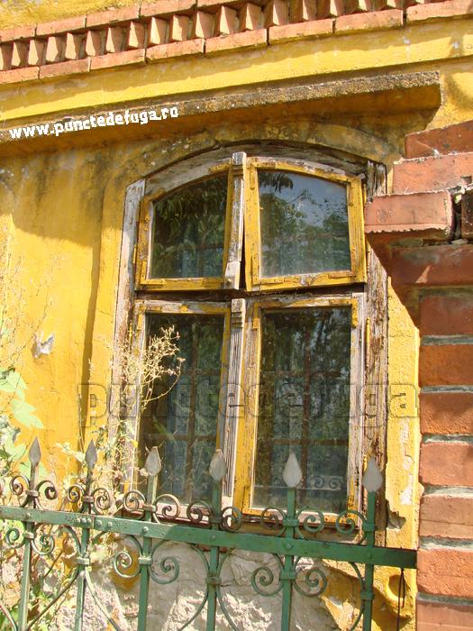 detaliu tamplarie fereastra