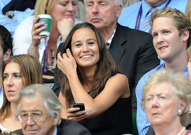 Pippa Middleton causes a stir on Wimbledon's Centre Court yet again   4
