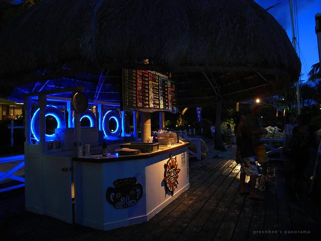 最終日夜のステージ3(ムーンビーチ・ルアウ2011)