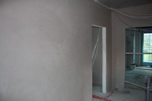Verputzte Wand im Treppenhaus