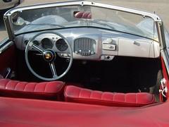 Cockpit ... (bayernernst) Tags: 2011 juli 08072011 sn207630 deutschland berlin meinberlin rallyeavus rallyeavusclassic rallyeavusclassic2011 rallye avus adac oldtimer oldtimerrallye motorsport porsche porsche356 kabriolet cabriolet cabrio cockpit kontrast rot