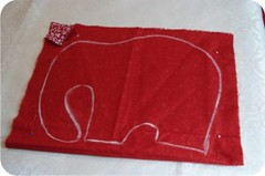 elefantedetecido2-300x199[1] (Ateliê Mineiros e Mineirices) Tags: de pap elefante tecido