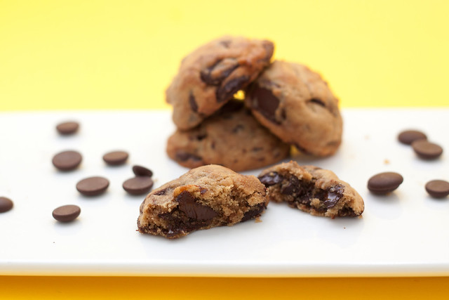 chunky chocolate chips cookies2