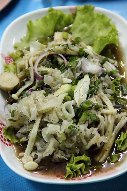 Larb het (mushroom salad)_3967