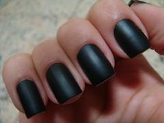 01 - Preto Fosco (Risqué) (Taiane Manhães) Tags: black nail polish preto matte risque unha fosco esmalte