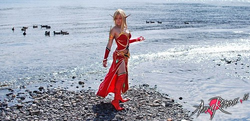 World of Warcraft Bloodelf Priestess Cosplay