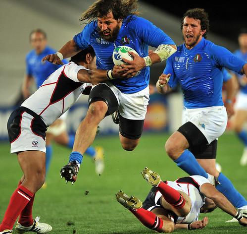Castrogiovanni trascina l'Italia