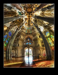 Sagrada Famlia Nr. 4 (fr Thomi) (LaTietze) Tags: church photoshop spain nikon kirche sigma 100v10f gaudi processing handheld catalunya sagradafamilia hdr spanien modernisme catalana topaz lightroom wwh damncool antonigaudi wow1 wow2 wow4 photomatix greatphotographers tonemapping wo