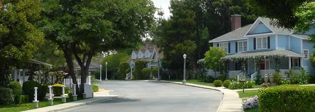 Colonial Street B