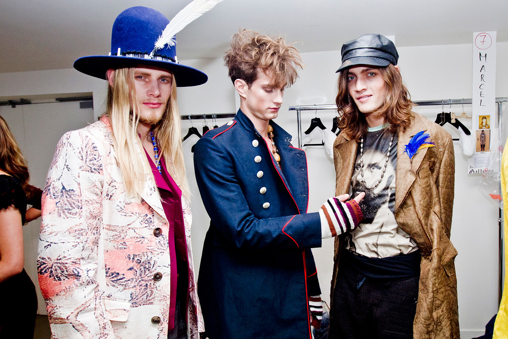 Marcel Castenmiller3292_SS12 Paris John Galliano(Photo of the Moment)