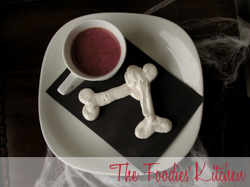 Meringue Ghosts and Bones
