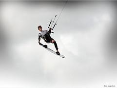 Ali Barret -BKSA Blackpool (JaseMac Images) Tags: sea kite beach sport surf wind board competition surfing kiteboarding kitesurfing tricks land trick harness blackpool xtreme beachsports cleveleys fylde xtremesports fyldecoast bksa canon400d kiteline alibarrett bksablackpool bitishkiting britishlandboarding