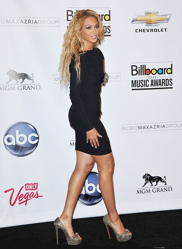 Beyonce Knowles – 2011 Billboard Music Awards