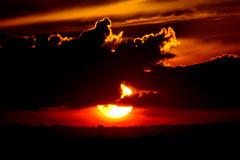 De lua e sol... (Eduardo Amorim) Tags: sunset brazil sun sol southamerica field brasil atardecer soleil tramonto sonnenuntergang prdosol campo pelotas sole sonne riograndedosul poniente champ anoitecer coucherdesoleil brsil entardecer crepsculo amricadosul poente amriquedusud sudamrica suramrica amricadelsur sdamerika costadoce americadelsud americameridionale auffangen eduardoamorim iayayam yamaiay