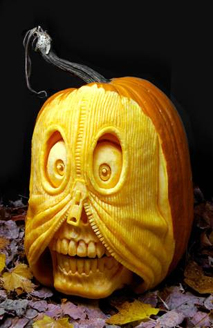 Ray Villafane - carved pumpkin 3