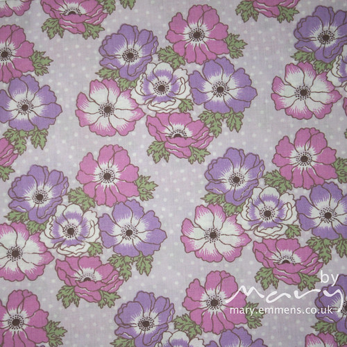Vintage pillowcase - pink/purple floral