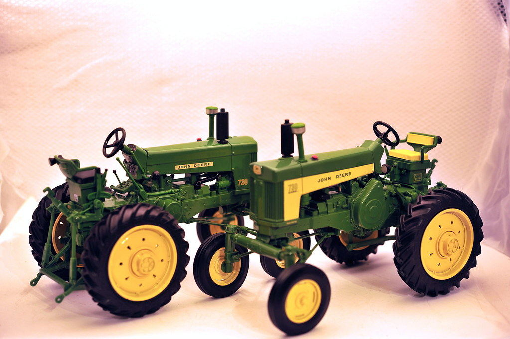 John Deere 730 High Crop 1/16th die cast metal by Ertl