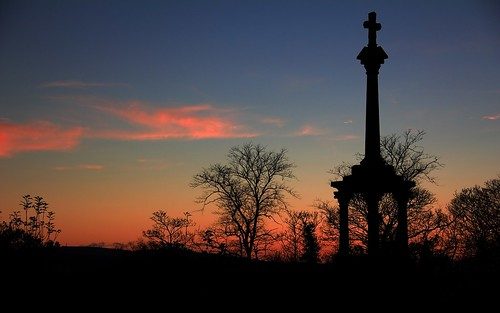 sunset monument silhouette