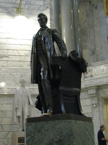 Lincoln Statue in Kentucky Capitol