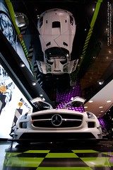Reflection (U-Jack) Tags: auto white paris car sport canon eos mercedes benz automobile d champs elyses 11 voiture tokina german 16 uga 500 guillaume blanche blanc supercar spotting sls amg deutsch concession sighting gt3 sportcar 500d carspotting 1116 allemande ujack worldcars carsighting concess fougl