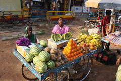 Hampi, street vendors (Arian Zwegers) Tags: orange india fruit market banana unescoworldheritagesite watermelon bananas pineapple vendor oranges karnataka 2009 hampi streetvendor watermelons fruitvendor vijayanagara vijayanagaraempire groupofmonumentsathampi