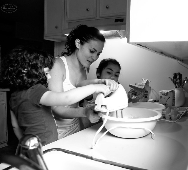 Everyday Mother: Baking Together