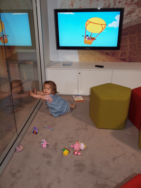 elodie watches dora
