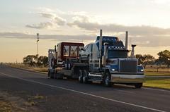 Mack Superliner (quarterdeck888) Tags: flickr transport trucks mack hha haulage quarterdeck superliner bdouble dropdeck jerilderietrucks