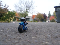 Motorbike Monkey Mercanerarie (Agent WHO) Tags: blue monkey lego who motorbike agent bullet stoopid npu mercanerarie
