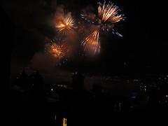 (mrgeebee) Tags: blue festival night canon gold schweiz switzerland shot nightshot fireworks luzern firework powershot fest lucerne 2011 lozrn luzerner s95 canonpowershots95