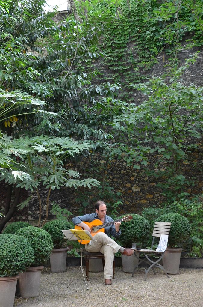 Musique dans le jardin