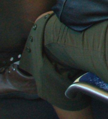 DSC_0394buttons pants