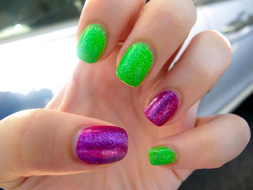 Livingaftermidnite - Glitter Nail Polish OPI Shatter Day 4